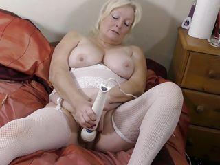 Смотреть порно со зрелой толстой