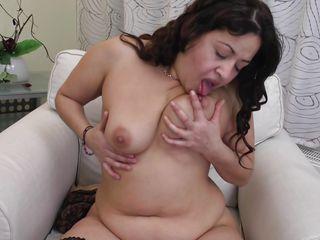 Порно видео жирных старух за 60