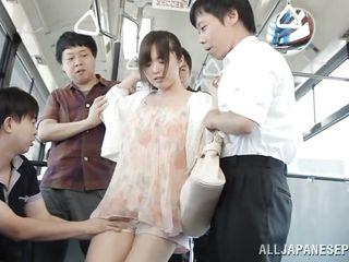 Смотреть порно видео азиатки в автобусе